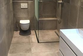 Badkamer en toilet plaatsen Oosterkade Leeuwarden
